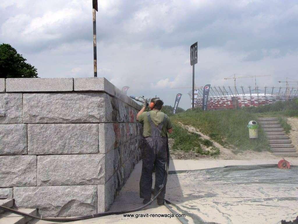 Piaskowanie piaskowca piaskowanie granitu renowacja ścian kamiennych