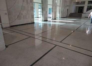 Usługa polerowania betonu i lastryka - renowacja posadzek